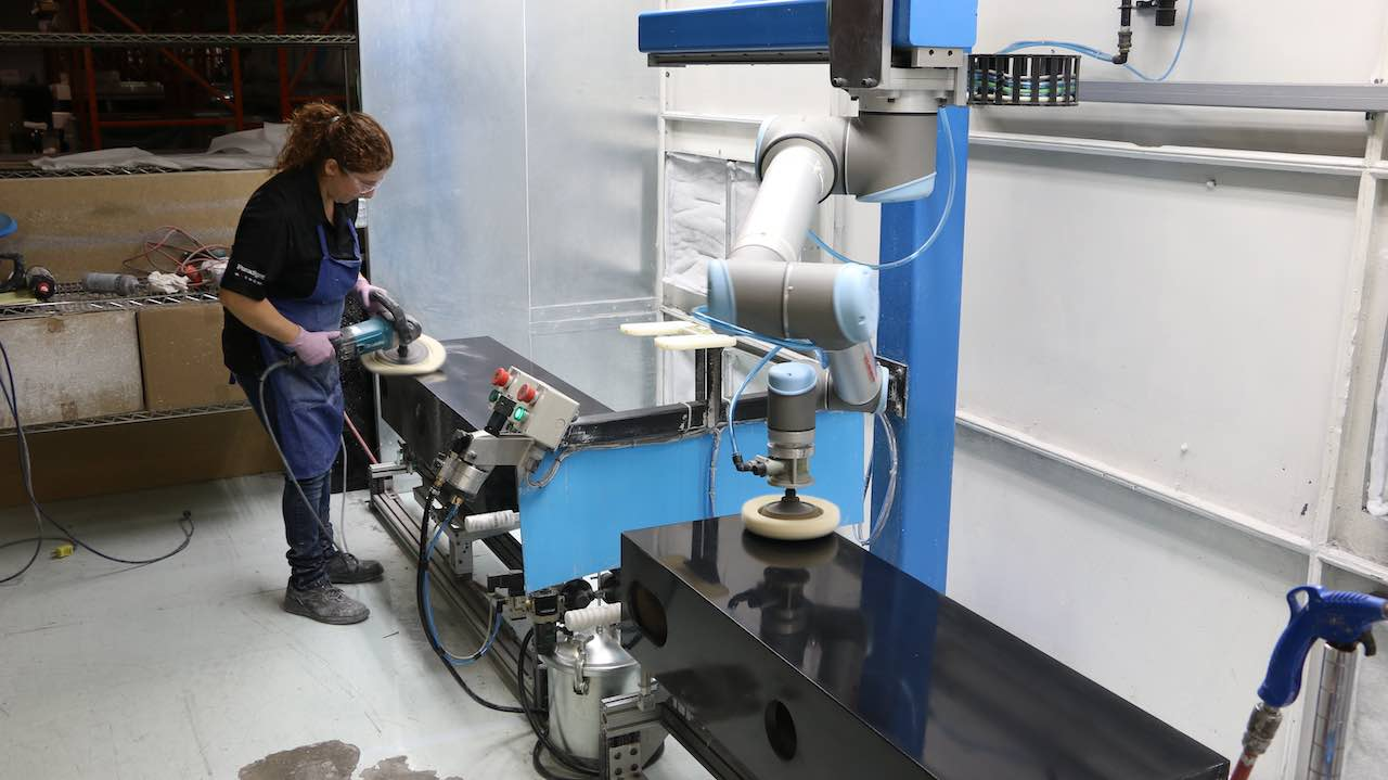 ceiling mounted robotic polishing application